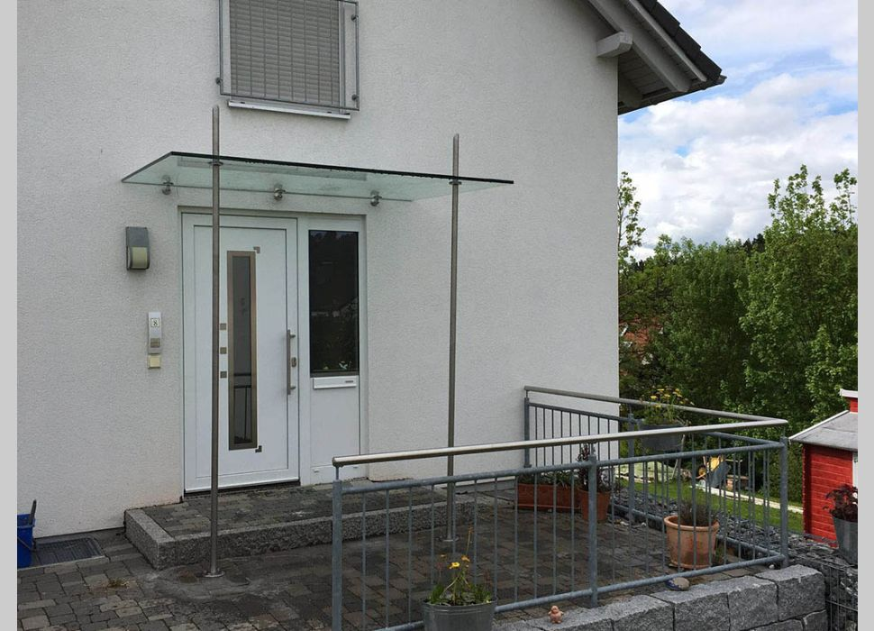 Referenz Vordach Maier Fenster