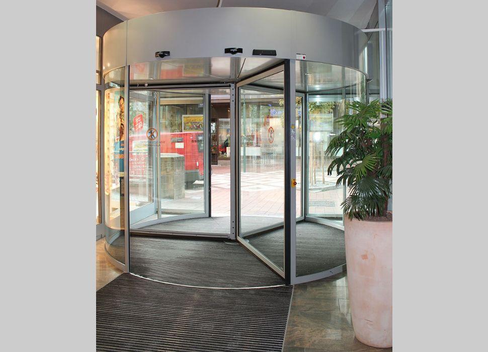 Automatik-Dreh-Türe Glas von Maier